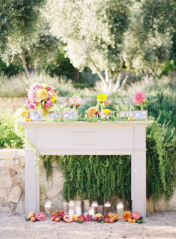 Bohemian Mantelpiece Ceremony Decor | Ryan Ray Photography | Brighton Cayenne Inspiration from Napa Valley Linens