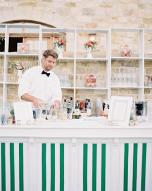 Chic Green and White Wedding Bar | Jen Huang Photography | Grey Likes Weddings Gets Married! Inside Summer Watkins