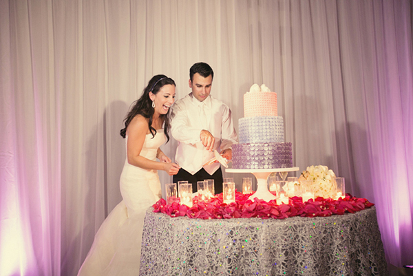 Sparkling Silver Wedding Cake Table | Mi Belle Photography | Sparkling Metallic Wedding and Party Ideas
