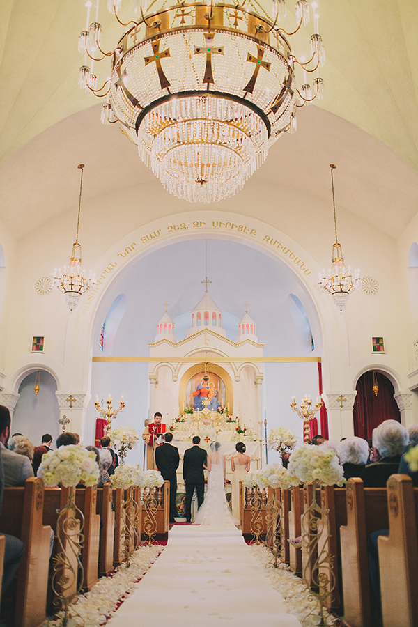 Elegant Cathedral Ceremony | Jake and Necia Photography | Glamorous Gatsby Inspired White and Gold Wedding