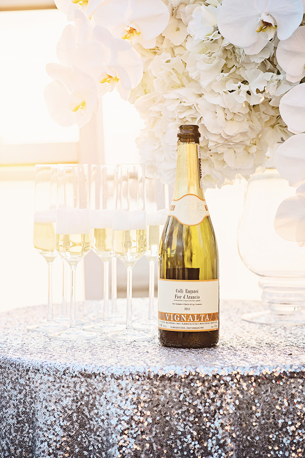 Classic Glam Champagne Bar| Grace Aston Photography | Glamorous Rooftop Wedding Shoot in New York City