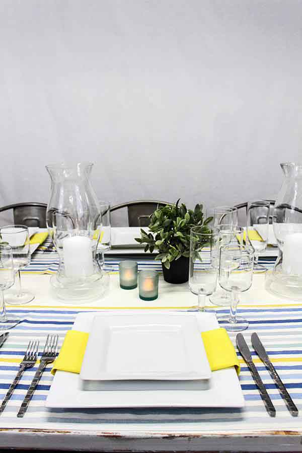 Blue and Yellow Striped Runners on a Modern Head Table | @nvlinens | Playing with Geometric Prints for Summer!
