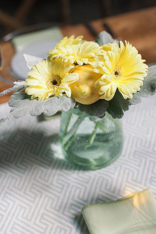 Modern Patterned Table Runner with Citrus Centerpiece | Clane Gessel Photography and @nvlinens | Playing with Geometric Prints for Summer!