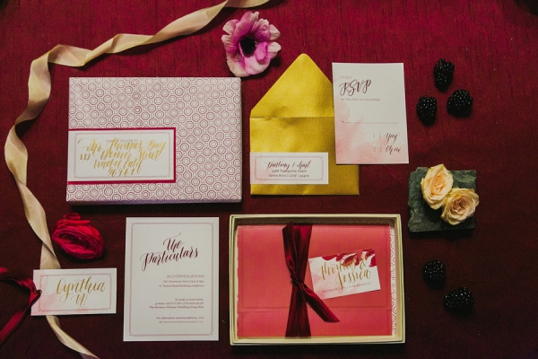 Metallic Berry and Gold Invitation | Milou and Olin Photography | Dark Romance Wedding