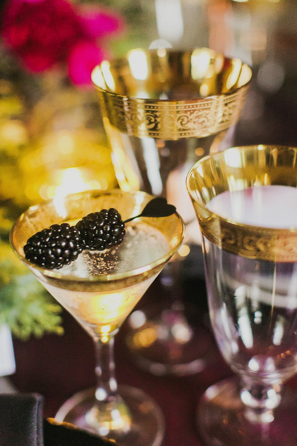 Gold Cocktail Glasses | Milou and Olin Photography | Dark Romance Wedding