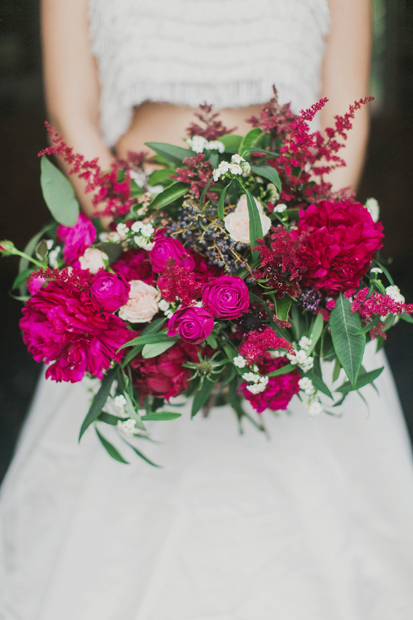 Bright Fuchsia Bouquet | Milou and Olin Photography | Dark Romance Wedding