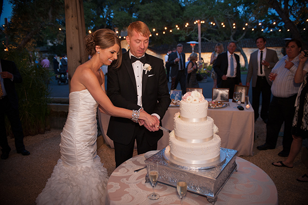 Cutting the Cake! | Scott Campbell Photography | Rustic Blush Wedding
